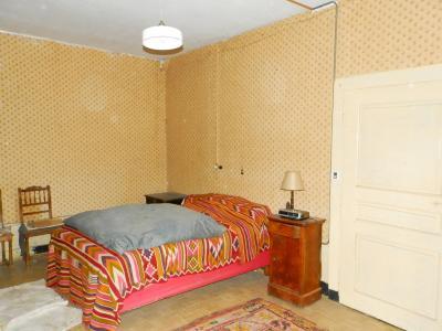 VENTE: SECTEUR LONS LE SAUNIER (39 JURA), A VENDRE MAISON EN PIERRE 112 M², TERRAIN 740 M², CHAMBRE 18 m²