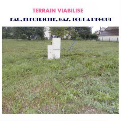 Vente axe LONS / BLETTERANS, terrain constructible et viabilisé de 720 m², hors lotissement,