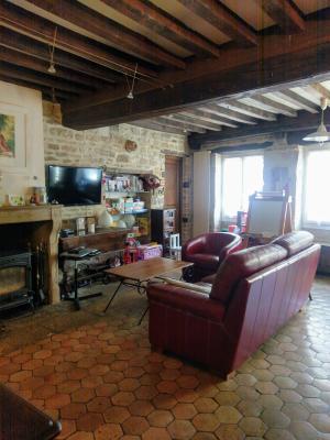 Proche Pommard (21),vends maison dans village viticole de 120m²,3 chambres dont une suite parentale., SALON/ SEJOUR 36 M2