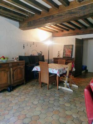 Proche Pommard (21),vends maison dans village viticole de 120m²,3 chambres dont une suite parentale., SALON/SEJOUR 36 M²