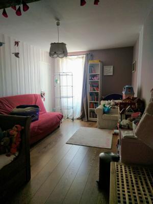 Proche Pommard (21),vends maison dans village viticole de 120m²,3 chambres dont une suite parentale., CHAMBRE 18 M²