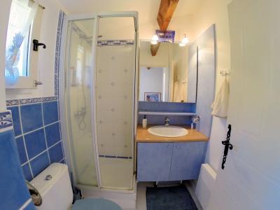 Théoule sur Mer, (06 Alpes Maritimes)à vendre maison jumelée exposé plein sud vue mer, terrasse 20m2, salle d