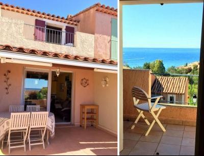 Théoule sur Mer, (06 Alpes Maritimes)à vendre maison jumelée exposé plein sud vue mer, terrasse 20m2, extérieurs