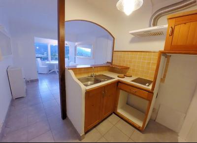 Théoule sur Mer (06 Alpes Maritimes), à vendre appartement vue mer, terrasse 20m2 exposé sud ouest, coin cuisine