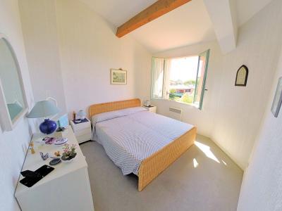 Théoule sur Mer, (06 Alpes Maritimes) à vendre maison vue mer, jardin 100m2 exposé sud, garage., chambre1