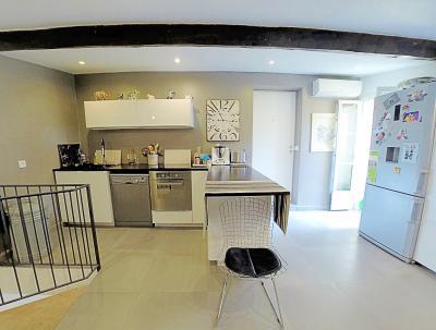 Le Cannet (06 Alpes Maritimes) à vendre appartement style loft-atelier 160m², centre vieux Cannet., cuisine