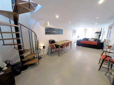 Le Cannet (06 Alpes Maritimes) à vendre appartement style loft-atelier 160m², centre vieux Cannet., séjour