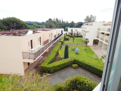 Mandelieu la Napoule (06 Alpes Maritimes), à vendre appartement 48m2 proche plages et commodités, vue