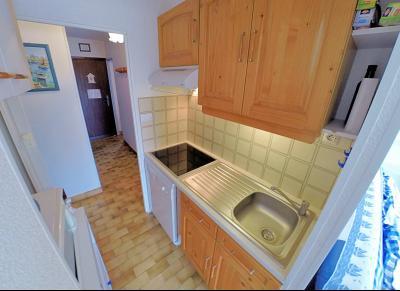 Mandelieu la Napoule (06 Alpes Maritimes), à vendre appartement 48m2 proche plages et commodités, cuisine