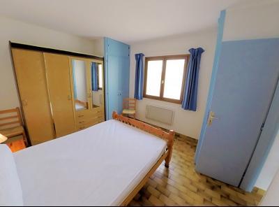 Mandelieu la Napoule (06 Alpes Maritimes), à vendre appartement 48m2 proche plages et commodités, chambre