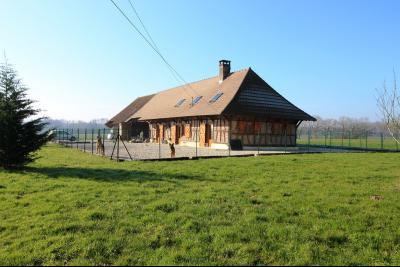 Proche Mervans, à vendre ferme bressane rénovée sur terrain de plus de 6 hectares., Maison à vendre