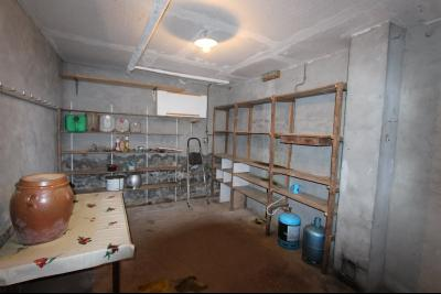 Secteur Bletterans, à vendre maison sur sous-sol avec 2460 m² de terrain., COUR
