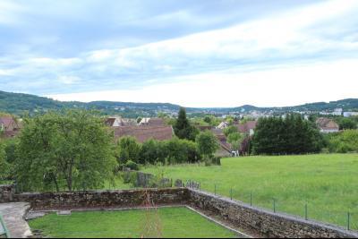 Perrigny (39 JURA), à vendre maison comprenant de 2 logements indépendants avec jardin et garage., Vue depuis T4 et T3