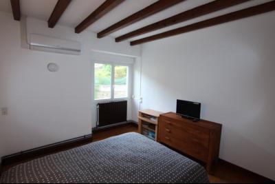 Perrigny (39 JURA), à vendre maison comprenant de 2 logements indépendants avec jardin et garage., 2° Etage T3 : CH1 de 13 m²