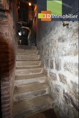 Secteur Bletterans (39 JURA), à vendre maison rénovée sans voisin, 2 chambres, 1170 m² de terrain., ACCES CAVE