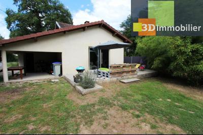 Secteur Bletterans (39 JURA), à vendre maison rénovée sans voisin, 2 chambres, 1170 m² de terrain., TERRASSE