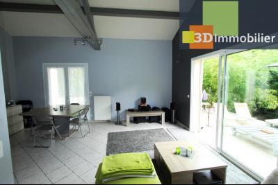 Secteur Bletterans (39 JURA), à vendre maison rénovée sans voisin, 2 chambres, 1170 m² de terrain., SEJOUR  SALON  23 m²