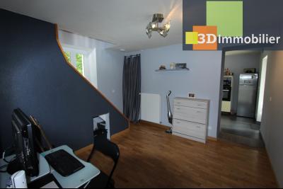 Secteur Bletterans (39 JURA), à vendre maison rénovée sans voisin, 2 chambres, 1170 m² de terrain., HALL 13 m²