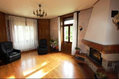 Secteur Domblans (39 JURA), à vendre maison de 8 chambres sur 1620 m² de terrain., SEJOUR 21 m