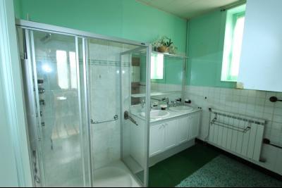 Secteur Domblans (39 JURA), à vendre maison de 8 chambres sur 1620 m² de terrain., SDE ETAGE 1