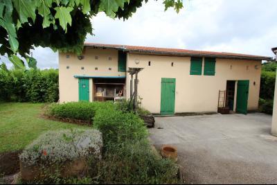 Secteur Domblans (39 JURA), à vendre maison de 8 chambres sur 1620 m² de terrain., DEPENDANCES 26 m²