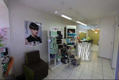 Sellières centre-ville, à vendre fonds de commerce : salon de coiffure en activité., COIN ATTENTE