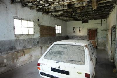Secteur Sens sur Seille (71) à vendre maison de plain-pied à réhabiliter sur 2059 m² de terrain., GARAGE 2 - 31 m²