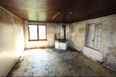 Secteur Sens sur Seille (71) à vendre maison de plain-pied à réhabiliter sur 2059 m² de terrain., CUISINE 27 m²