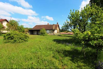Secteur Sens sur Seille (71) à vendre maison de plain-pied à réhabiliter sur 2059 m² de terrain., MAISON SUR 2059 m² DE TERRAIN