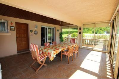 Vends maison contemporaine sur 2 hectares avec piscine chauffée, 6 chambres, proche Lons-le-Saunier., VERANDA 42 m