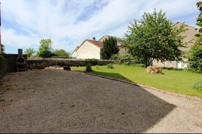A vendre maison de village, 3 chambres, 553 m² de terrain, au sud de  Lons-le-Saunier., VUE JARDIN