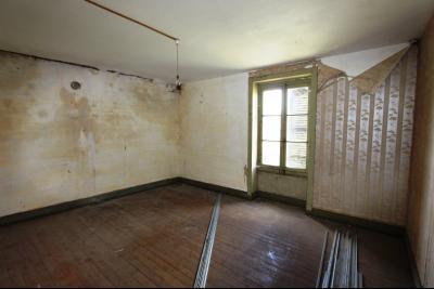 A vendre maison de village, 3 chambres, 553 m² de terrain, au sud de  Lons-le-Saunier., PIECE 1 AU-DESSUS DU GARAGE