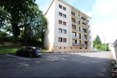 Lons-le-Saunier centre, à vendre appartement T4 avec garage et cave., PARKING COPROPRIETE