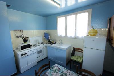 Secteur Domblans (39 JURA), à vendre maison 4 chambres sur sous-sol, CUISINE