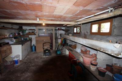 Secteur Domblans (39 JURA), à vendre maison 4 chambres sur sous-sol, CAVE