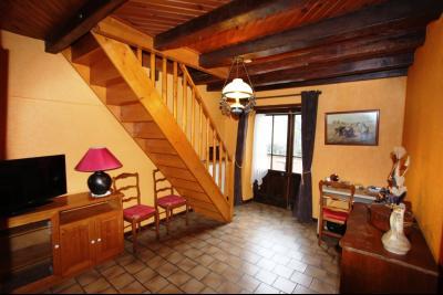 Proche Bletterans (39 JURA), à vendre maison de village 3 chambres avec garage et jardin., BUREAU 12 M²