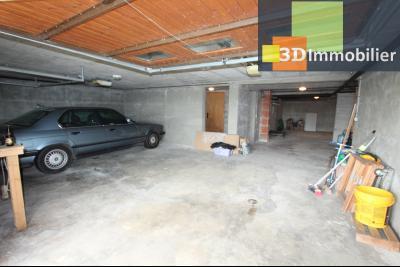 Proche Bletterans (39 - Jura) à vendre maison récente de 5 chambres sur 3000 m² de terrain., GARAGE