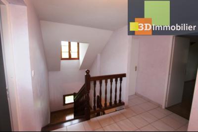 Proche Bletterans (39 - Jura) à vendre maison récente de 5 chambres sur 3000 m² de terrain.,
