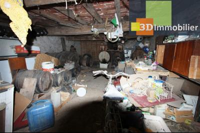 Secteur Bletterans (39 JURA), à vendre maison à réhabiliter avec dépendances sur 4628 m² de terrain., CAVE DEPENDANCE