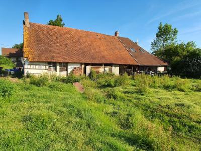 Secteur Bletterans (39 JURA), à vendre ensemble immobilier sur 140 m² de terrain pour investisseur.,