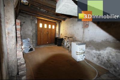 A  vendre en viager occupé, une maison évolutive en parfait état sur le secteur de Lons-le-Saunier., GARAGE 1