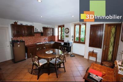A  vendre en viager occupé, une maison évolutive en parfait état sur le secteur de Lons-le-Saunier., CUISINE ETAGE