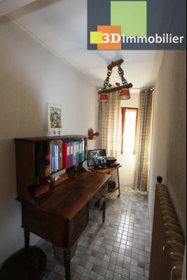 A  vendre en viager occupé, une maison évolutive en parfait état sur le secteur de Lons-le-Saunier., COIN BUREAU ETAGE