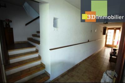 A  vendre en viager occupé, une maison évolutive en parfait état sur le secteur de Lons-le-Saunier., ENTREE AU REZ-DE-CHAUSSEE