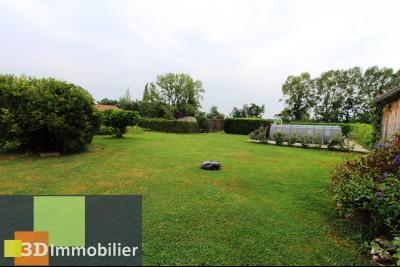 Proche Bletterans (JURA), à vendre ferme bressane rénovée lumineuse sur grand terrain.., COIN DETENTE