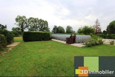 Proche Bletterans (JURA), à vendre ferme bressane rénovée lumineuse sur grand terrain.., PISCINE