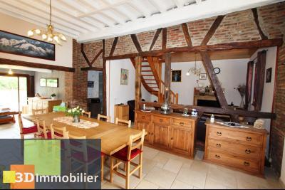 Proche Bletterans (JURA), à vendre ferme bressane rénovée lumineuse sur grand terrain.., PIECE DE VIE