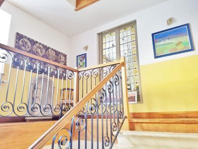 Maison 10 pièces 295m2 6 chambres (39-JURA-LONS-LE-SAUNIER),