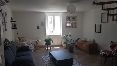 Hypercentre Lons le Saunier, à vendre appartement T3 en duplex.,