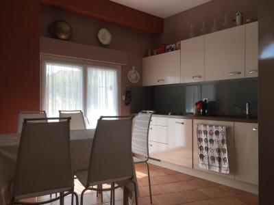 Secteur Douvaine (74140), A vendre magnifique appartement type T4 dans vieux corps de ferme.,